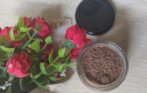 Coffee body scrub3 300x191 M Caffeine Coffee Body Scrub Review